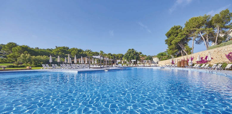 Blau Porto Petro Resort,pool