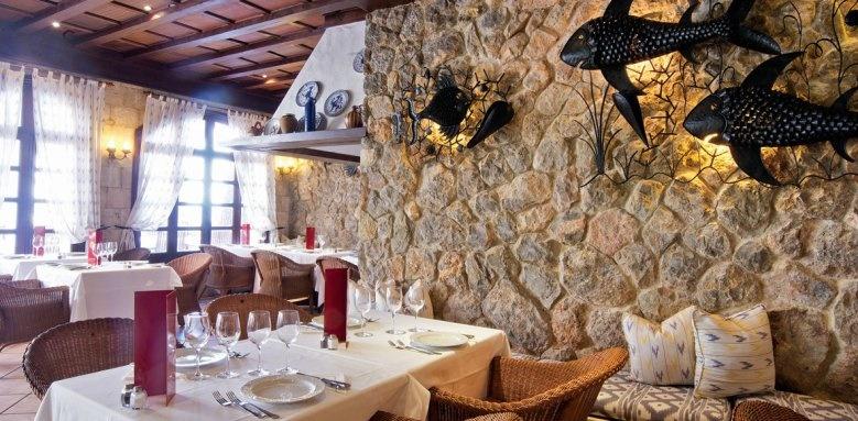 Bon Sol, restaurant