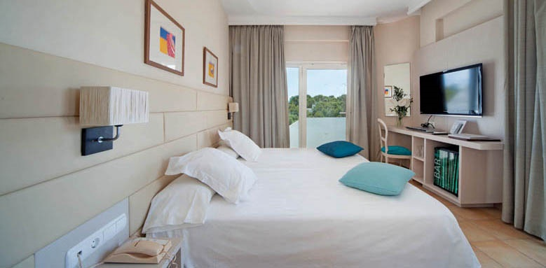 Cala d'or, twin room