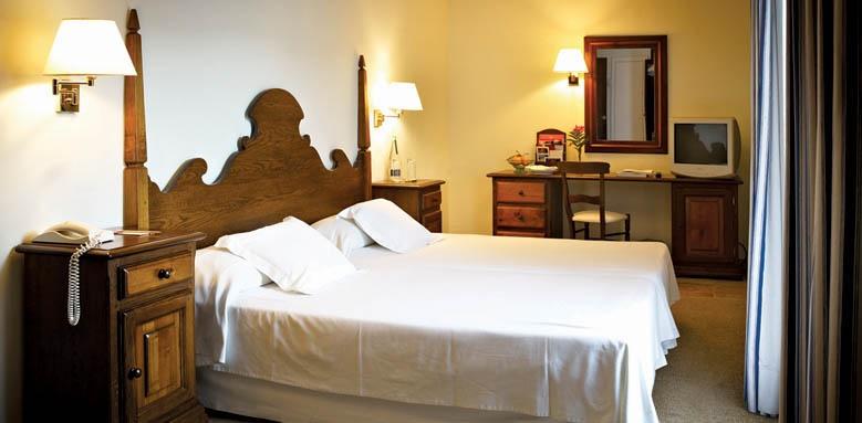 Cala San Vicenc, standard double room
