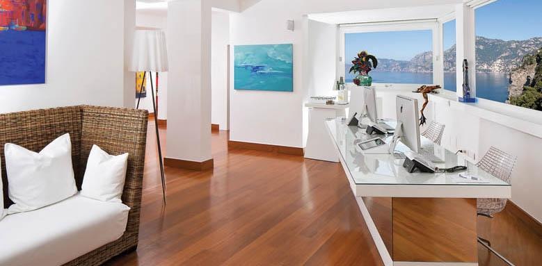 Casa Angelina, reception