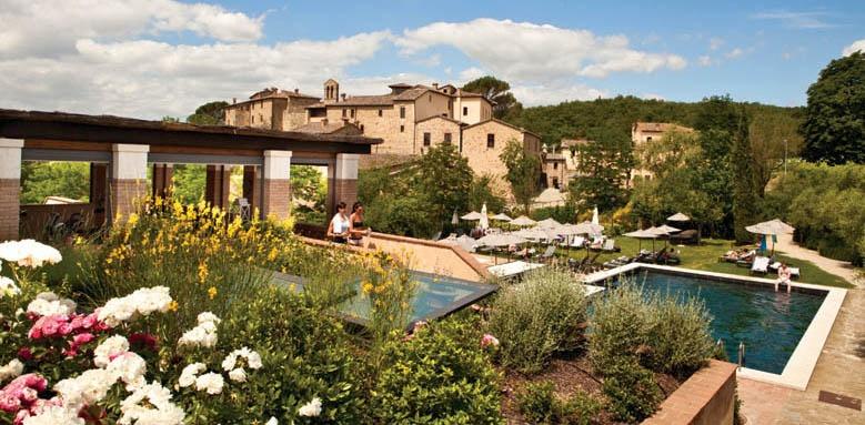 Castel Monastero, gym and pools