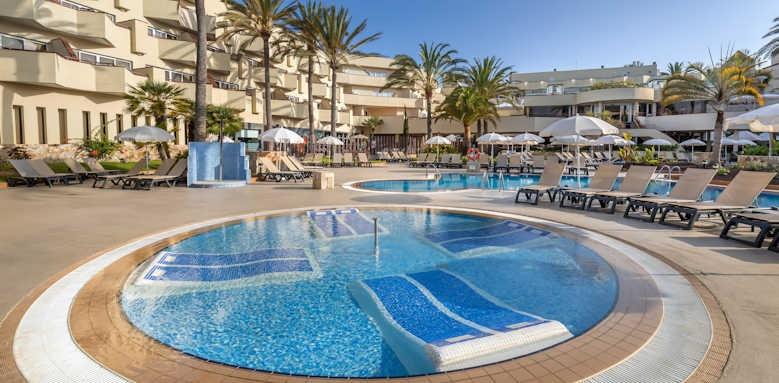 Barcelo Corralejo Bay, pool