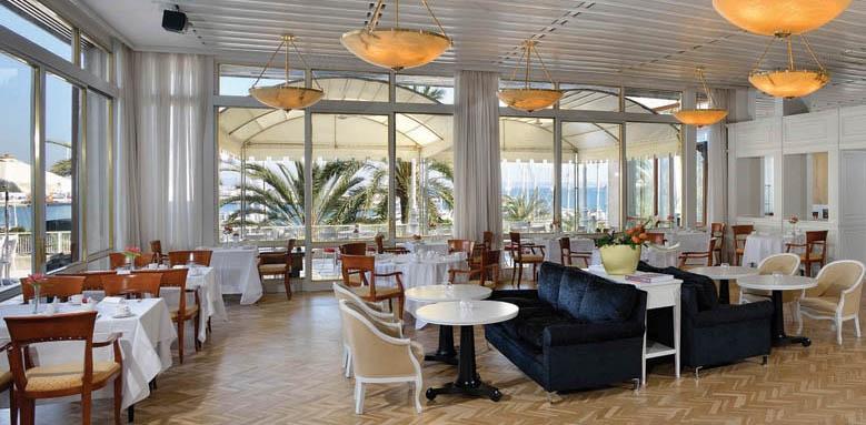 Gran Melia Victoria, indoor restaurant