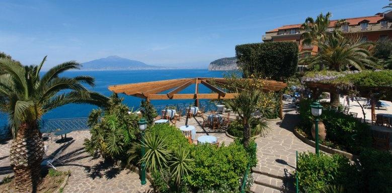 Grand Hotel Ambasciatori, garden