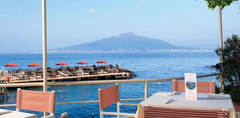 Grand Hotel Ambasciatori, snack bar terrace
