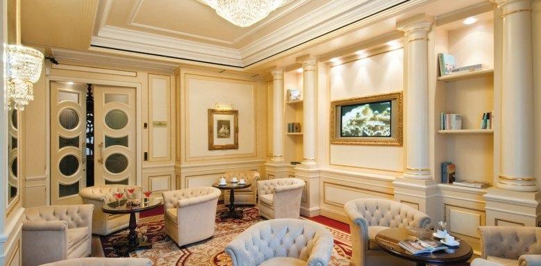 Grand Hotel Bristol, lounge