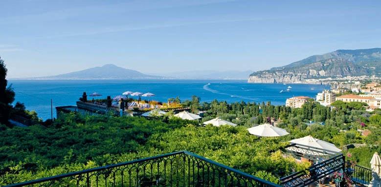 Grand Hotel Capodimonte, balcony with sea view