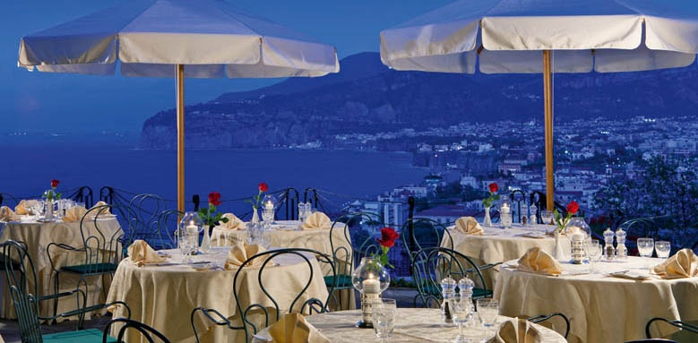 Grand Hotel Capodimonte, dining terrace at night