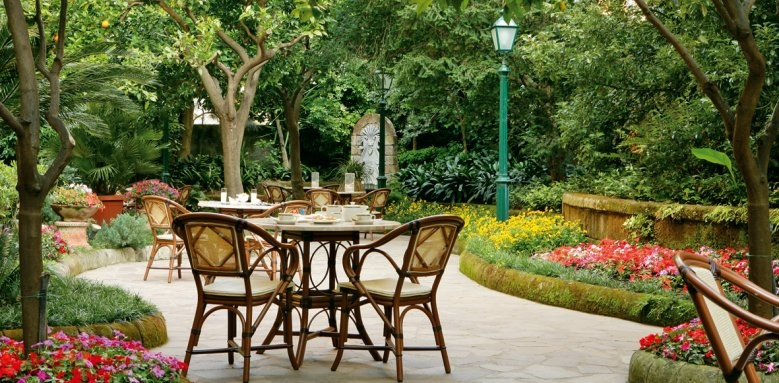 Grand Hotel de la Ville, garden