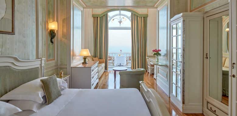 Grand Hotel Excelsior Vittoria, Deluxe double