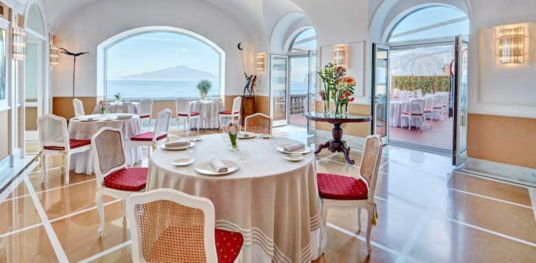 Grand Hotel Excelsior Vittoria, terrazza bosquet restaurant