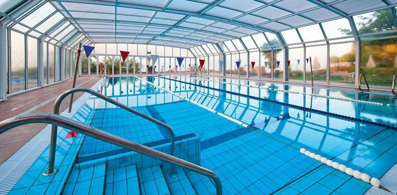 Hotel Fuerte Marbella, indoor pool