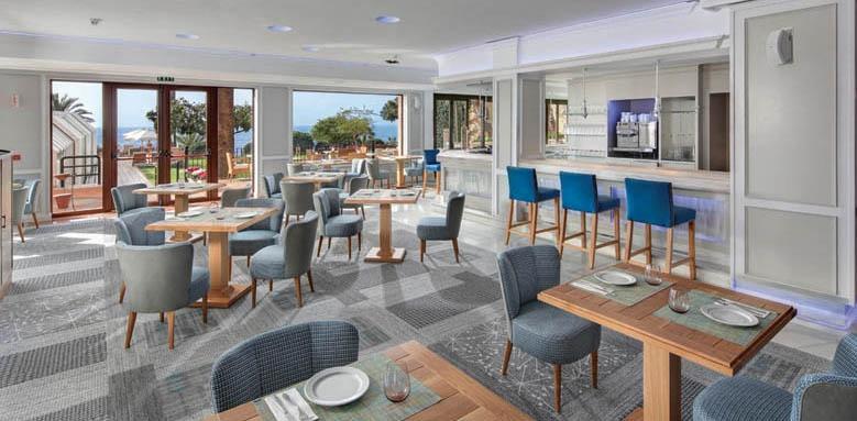 Hotel Fuerte Marbella, noble bar