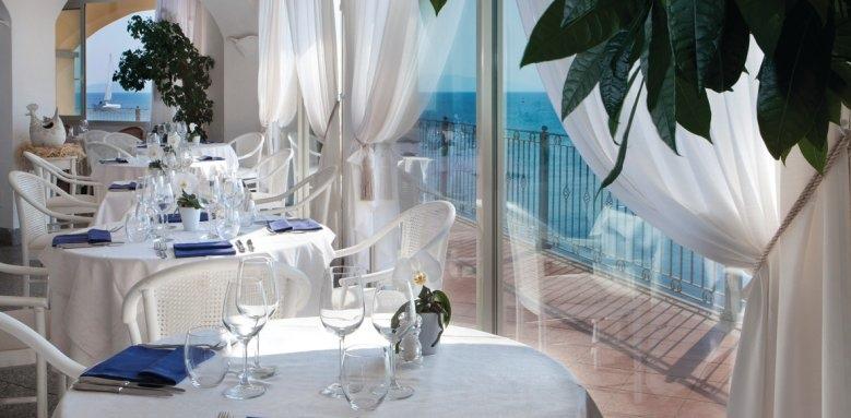 Hotel Gabbiano Azzurro, restaurant