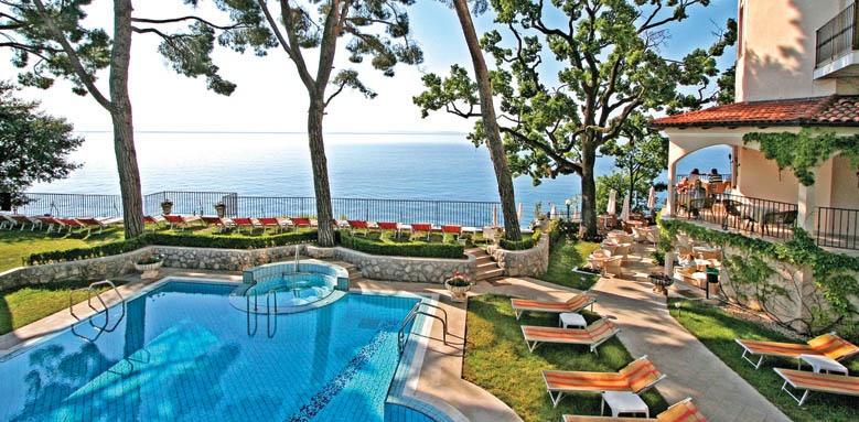 Miramar, Pool and Sea
