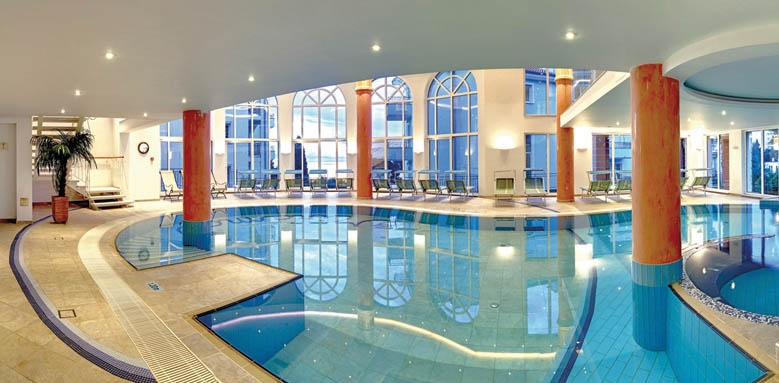 Miramar, Indoor Pool