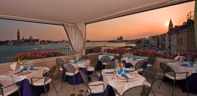 Locanda Vivaldi, dining at sunset