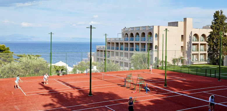 Marbella Corfu, tennis courts