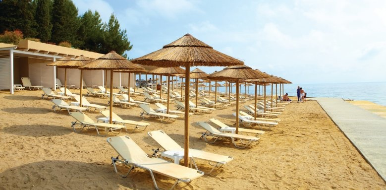 MarBella Corfu, Beach