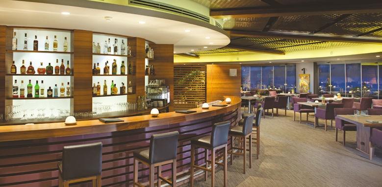 D- Resort Grand Azur, bar