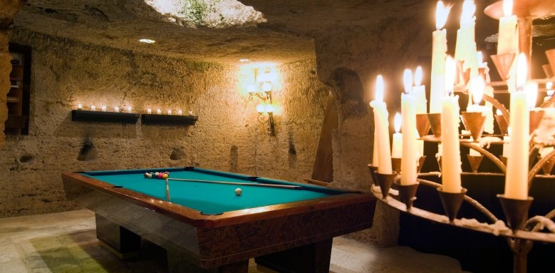 Masseria Torre Coccaro, billiard room