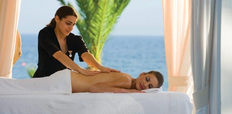 Mediterranean Beach Hotel, massage