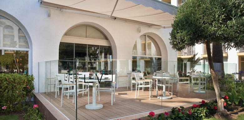 Melia Marbella Banus, The Level terrace