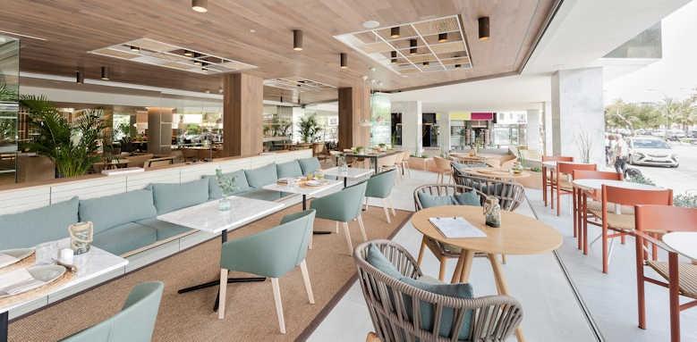 Melia Palma Bay, moss restaurant terrace