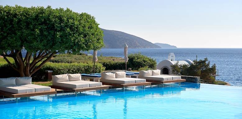 st nicolas bay, pool