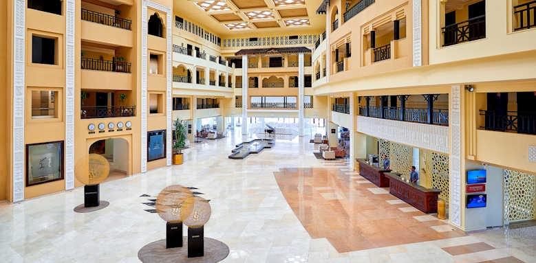 Steigenberger Al Dau Beach Hotel, lobby