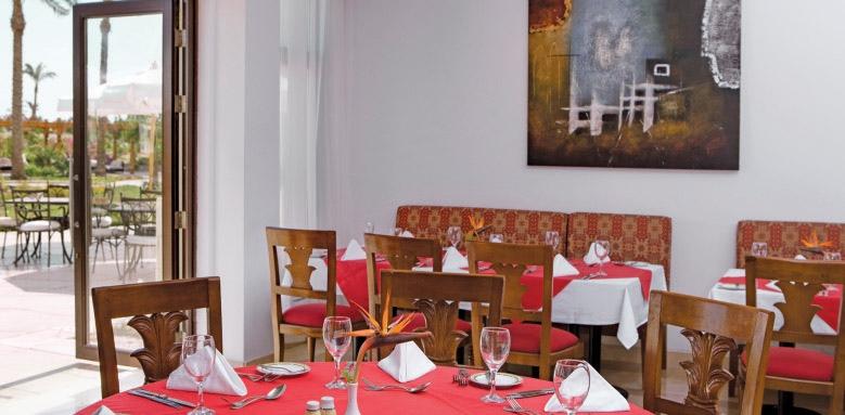 Steigenberger Al Dau Beach Hotel, Tamarind restaurant