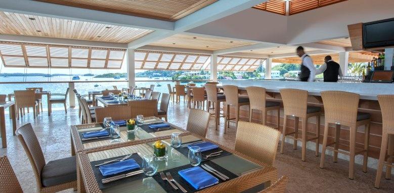 Hamilton Princess & Beach Club, restaurant and bar seating