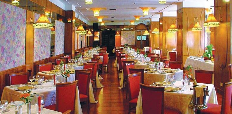 Excelsior Palace Hotel, restaurant