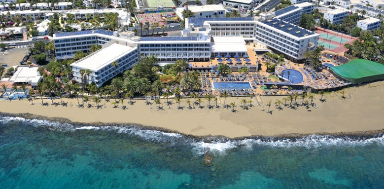 Vik Hotel San Antonio, aerial view