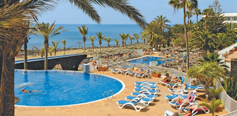 Vik Hotel San Antonio, pool