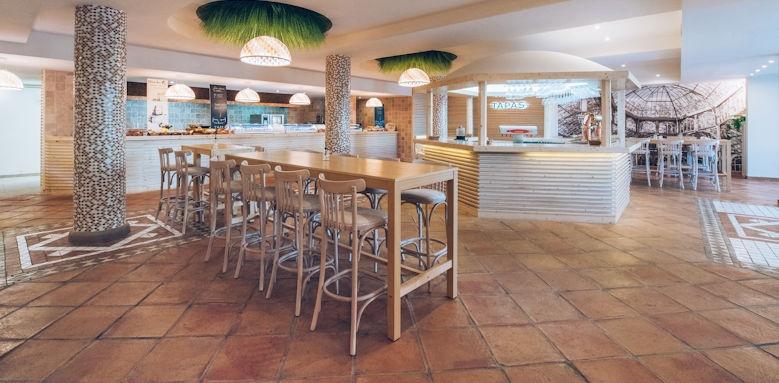 Iberostar Playa Gaviatos, Snack Bar