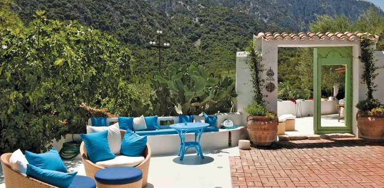 Hotel Su Gologone, terrace