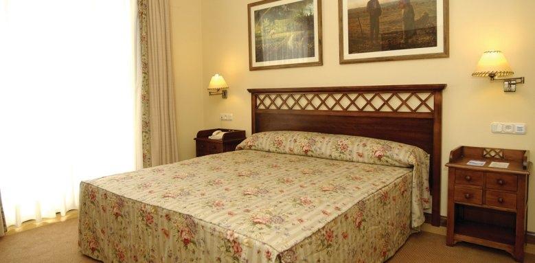 Hotel Mijas, dormitorio suite