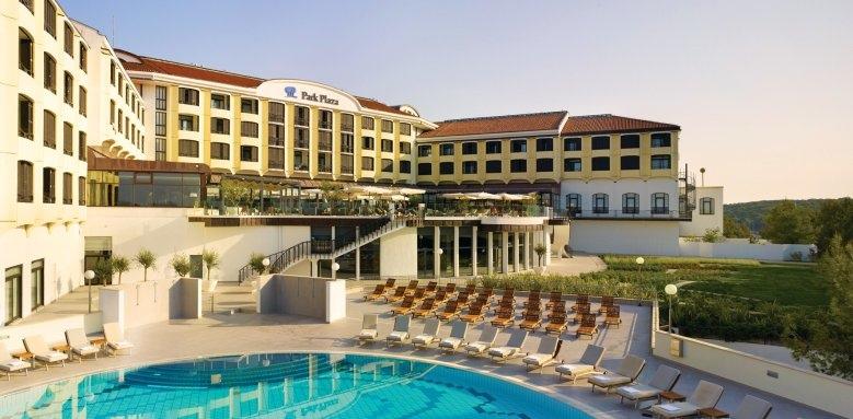 Park Plaza Histria, exterior & pool