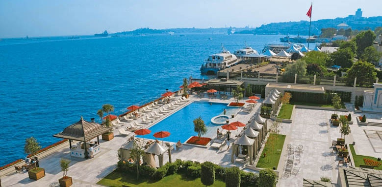 Four Seasons Hotel Istanbul at The Bosphorus, pool area