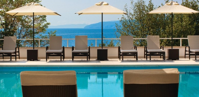 Ambasador Remisens Premium Hotel, sunloungers