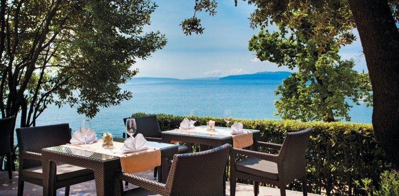 Ambasador Remisens Premium Hotel, garden restaurant