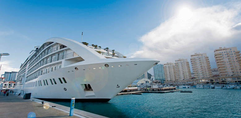 Sunborn, Yacht