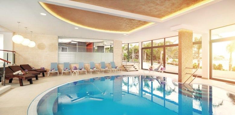 Royal Princess Hotel, spa pool