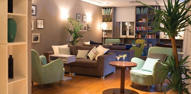 Hotel Sipan, lounge