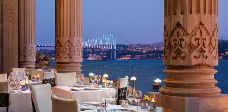 Ciragan Palace Kempinski, restaurant terrace