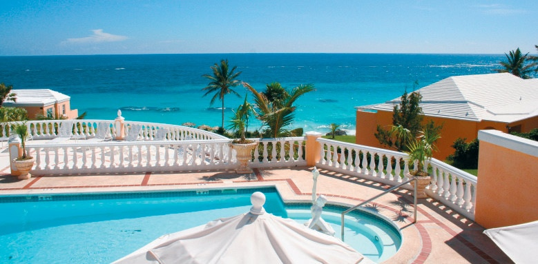 Coco Reef, pool and sea view