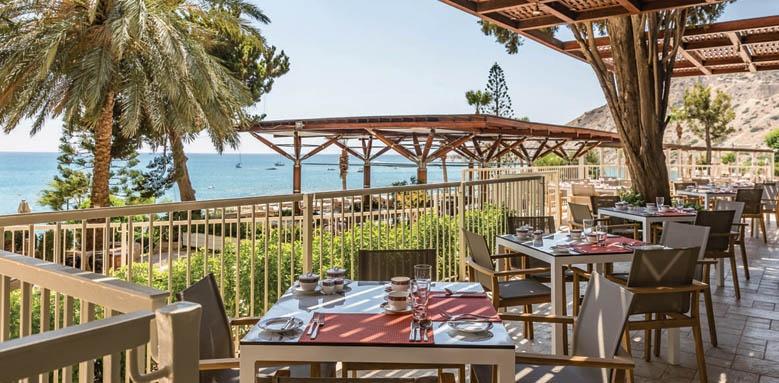 Columbia Beach Resort, atrium veranda
