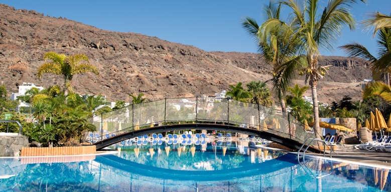 Cordial Mogan Playa, pool bridge
